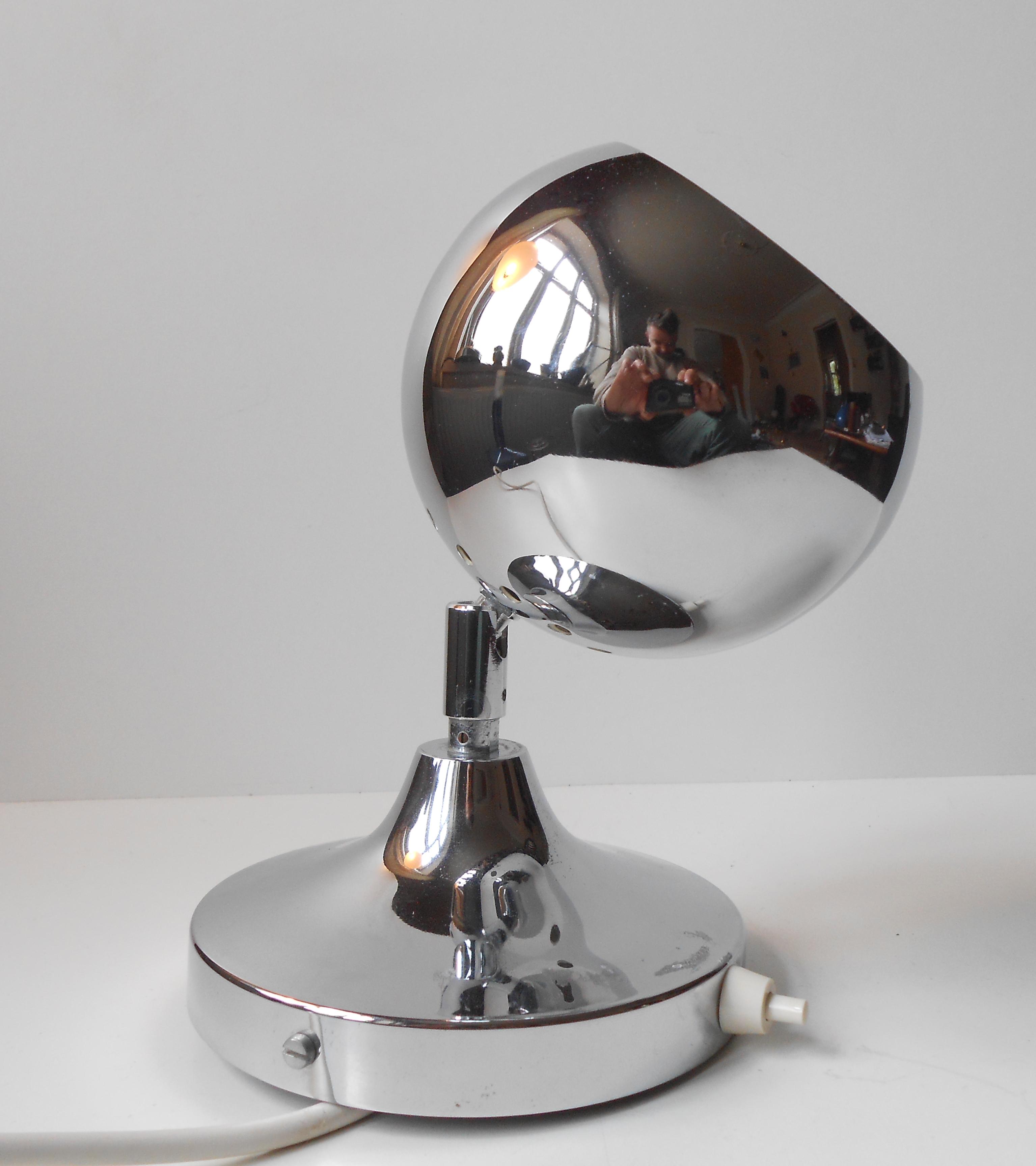 V u00e6glampe u2013 kuglelampe krom svensk design 1970 u2019erne