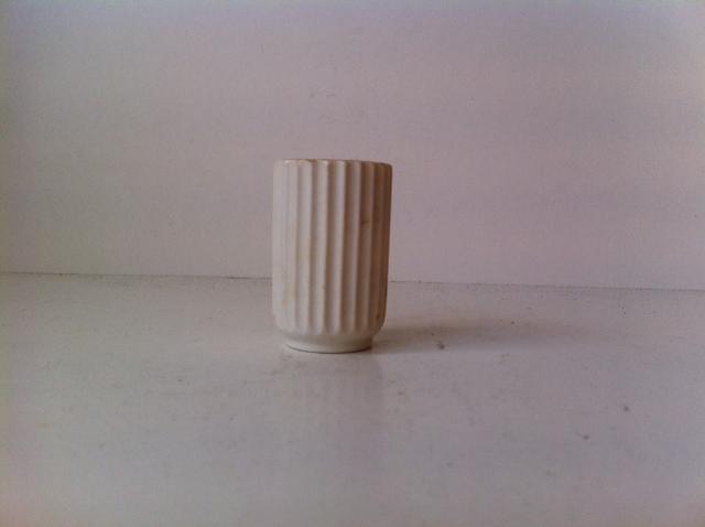lyngby vase hvid 6 5 cm dk 1950 erne retro. Black Bedroom Furniture Sets. Home Design Ideas