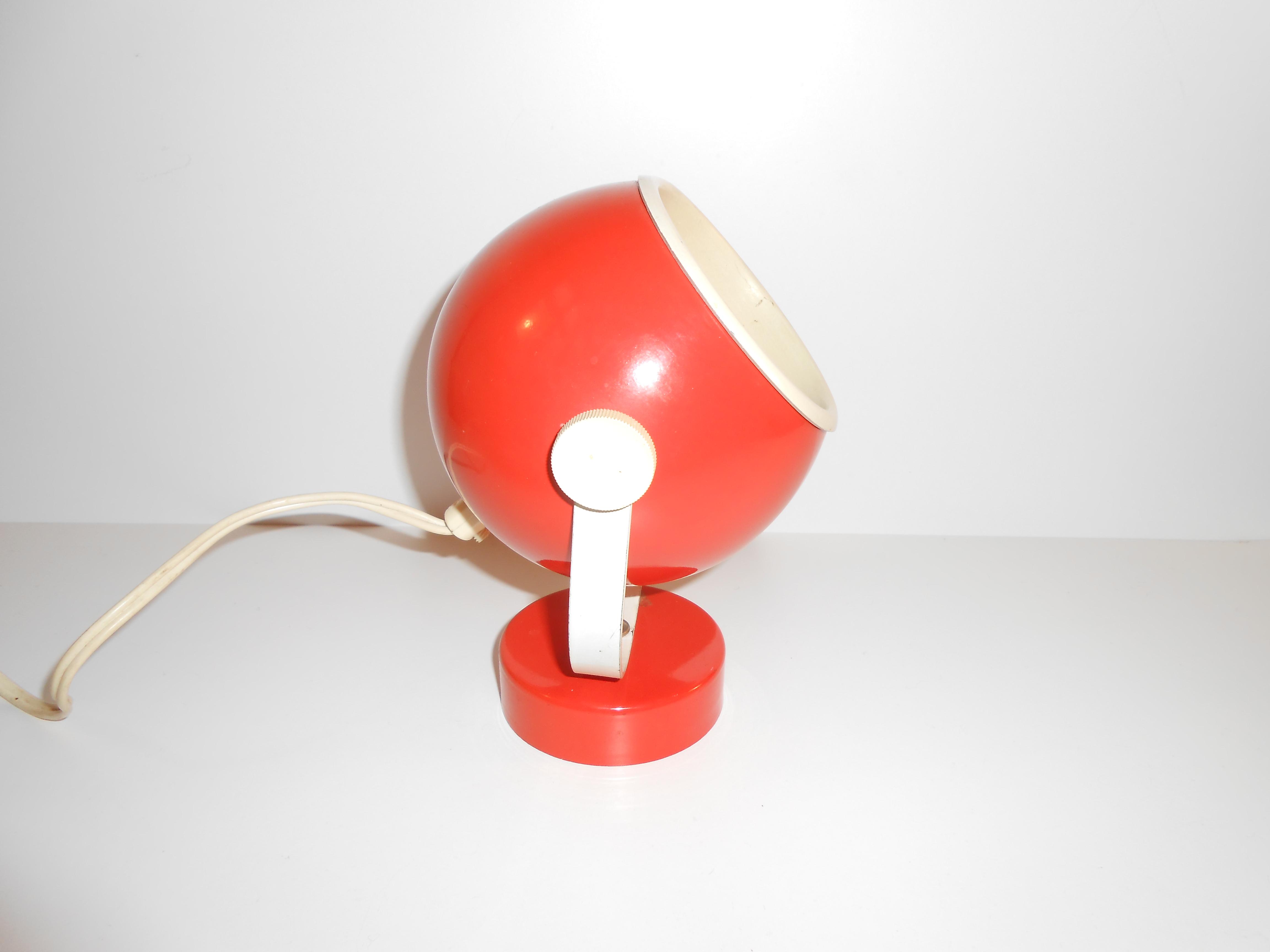 Orange kuglelampe u2013 v u00e6glampe svensk retro 1970 u2019erne u2013 retro design dk