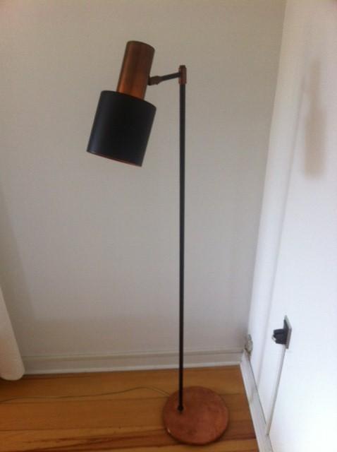 Standerlampe u2013 gulvlampe i kobber Jo Hammerborg u2013 Studio u2013 retro design dk