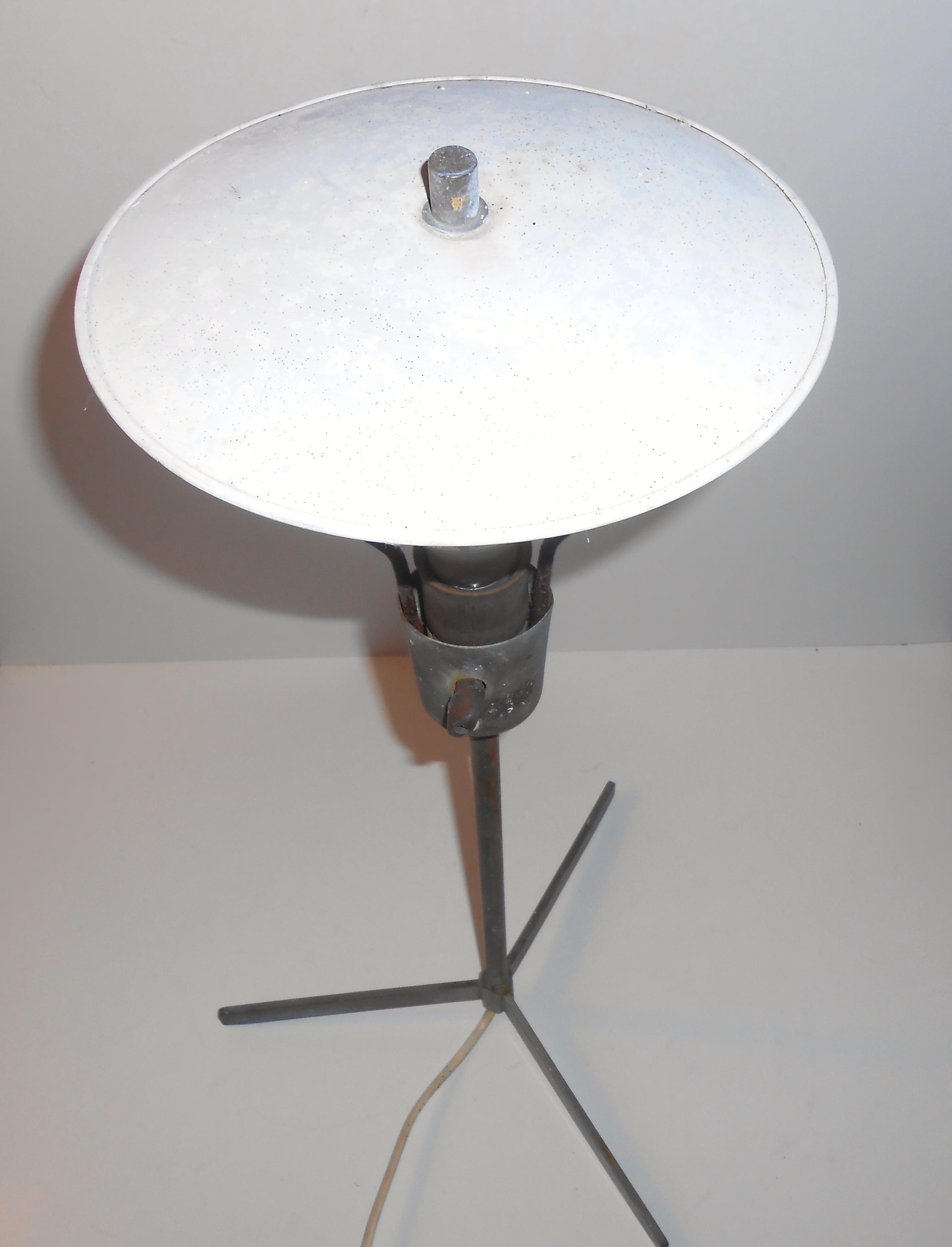 Oppdatert Fransk industri lampe – bord: ca 1950 – retro-design.dk RF-38