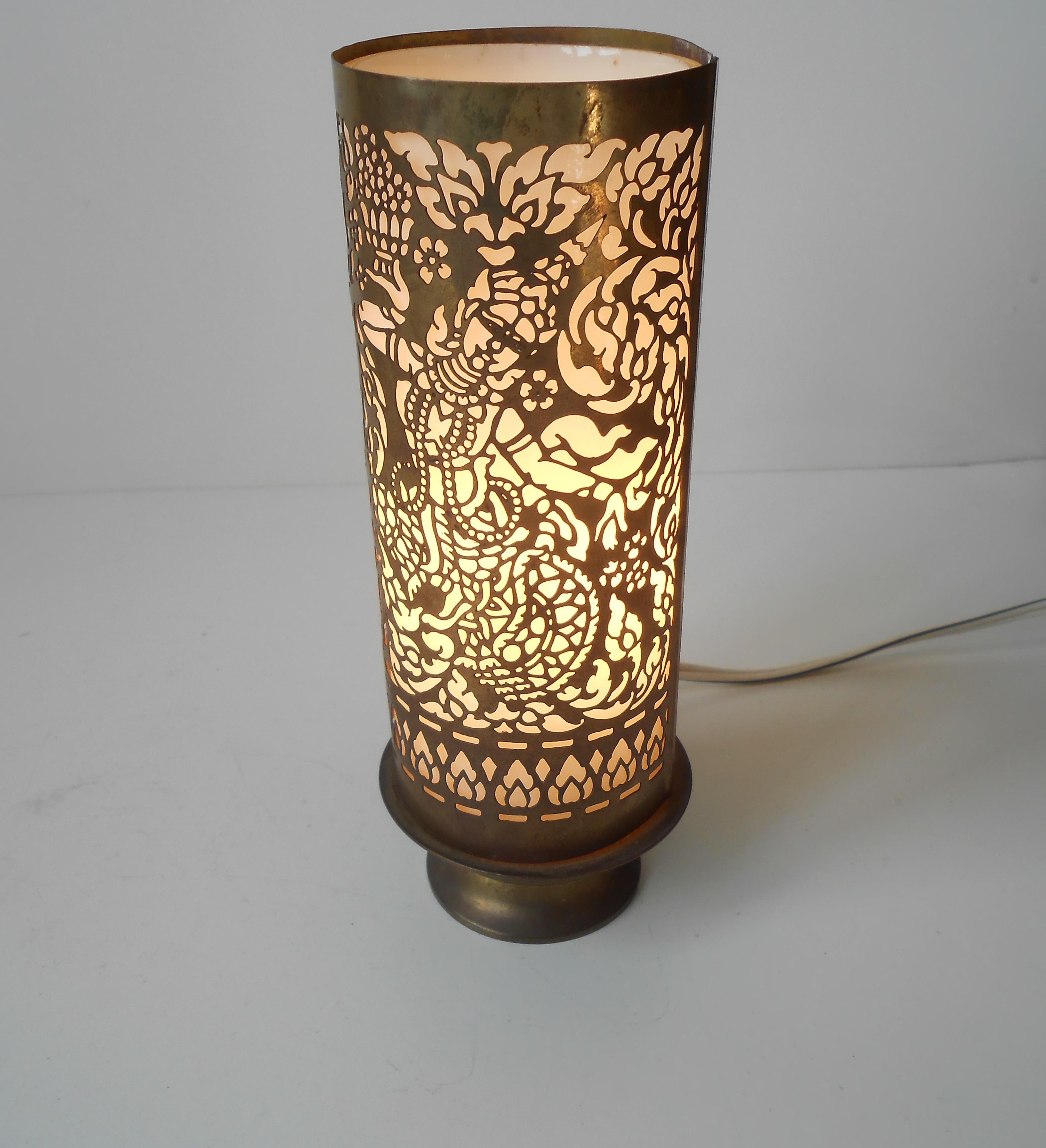 Buddha lampe i messing: asien ca 1960 70 – retro design.dk
