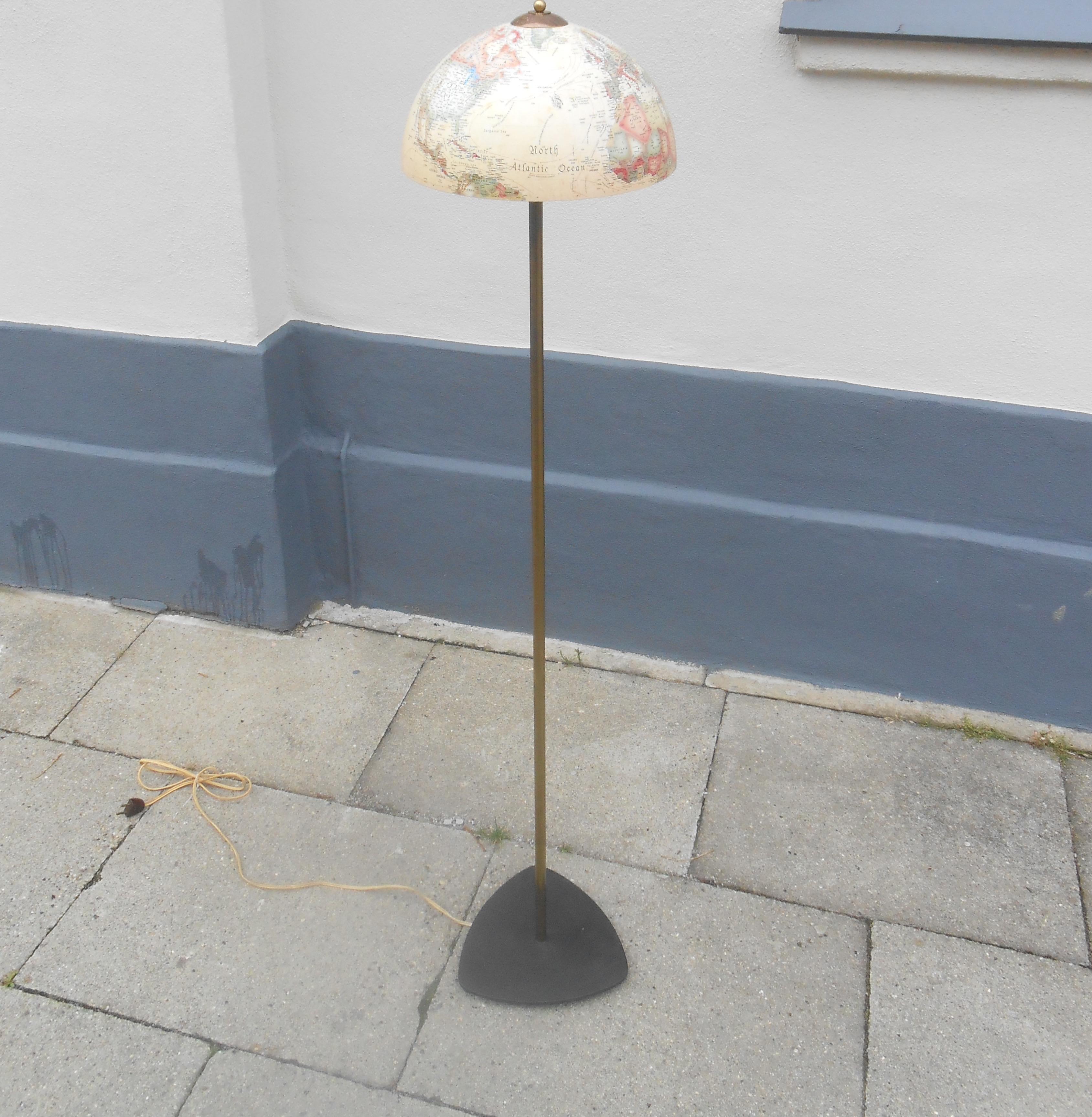 Standerlampe Kugle